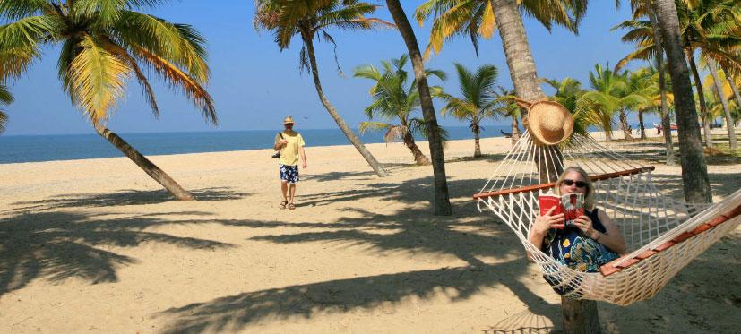 Kerala Beach Tour Package 4 Nights/ 5days, Cochin - Alappuzha - Kovalam