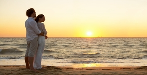 Romantic Kerala honeymoon tour 06 Nights/ 07days, Cochin - Munnar - Alappuzha- Varkala
